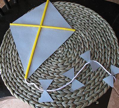 paper kite craft paper kite kid s crafts recipes activities