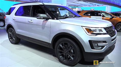 Ford Explorer Interior by 2017 Ford Explorer Xlt Exterior And Interior Walkaround