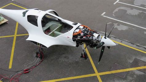 Hybrid Electric Motor by Hybrid Electric Aircraft Motor Powers Up New Hybrid