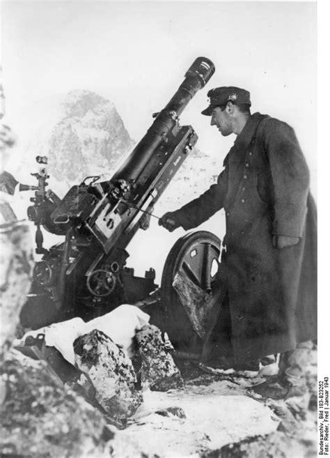 File:Bundesarchiv Bild 183 B23252, Kaukasus, Gebirgskanone im Schnee   Wikimedia Commons