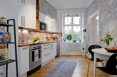 kitchen ideas for small apartments 5 steps decorating the apartment kitchen at a small cost theydesign net theydesign net