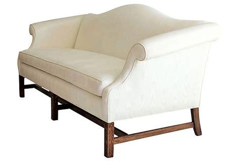 chippendale camelback sofa slipcovers camelback sofa camel back sofa slipcover hotornotlive