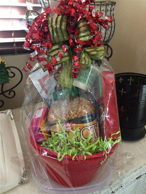 popcorn gifts best 25 popcorn gift ideas on basket