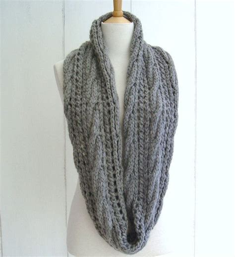 cable knit infinity scarf pattern and easy knitting pattern for chunky cable lace