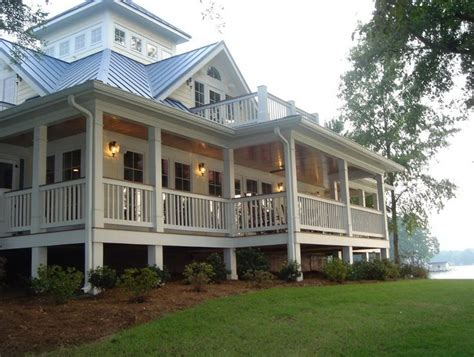 homes with wrap around porches 1000 ideas about wrap around porches on house