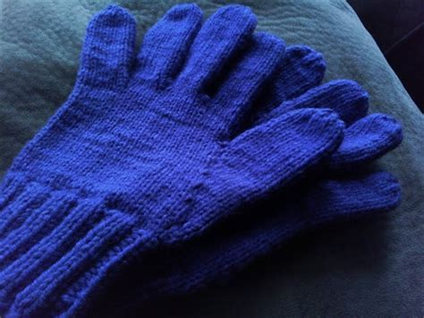 knitting pattern for childrens gloves with fingers they are all of me easily adjustable knitted glove pattern