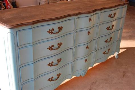 refinishing woodwork do s and don ts painting furniture with chalk paint