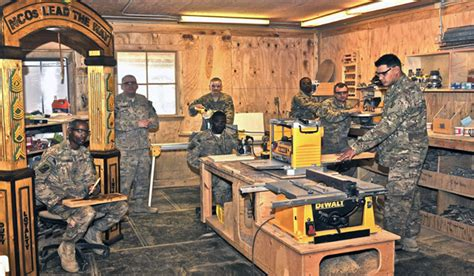 woodwork at home u s soldiers hone woodworking craft dodlive