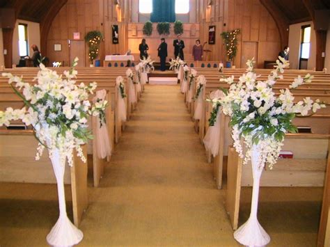 church decorations pictures getting it right with church wedding decorations wedding