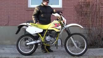 1990 Suzuki Dr350 by Cold Starting A 1990 Suzuki Dr350 Dirtbike And Walkaround