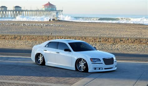 2005 Chrysler 300 Tire Size by Chrysler 300c Custom Wheels Usw 22x9 5 Et Tire Size 255