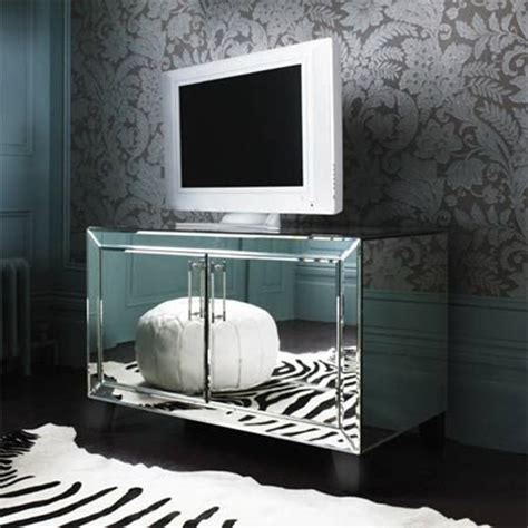 bedroom mirrored furniture ideas to use mirrored furniture in the bedroom interior
