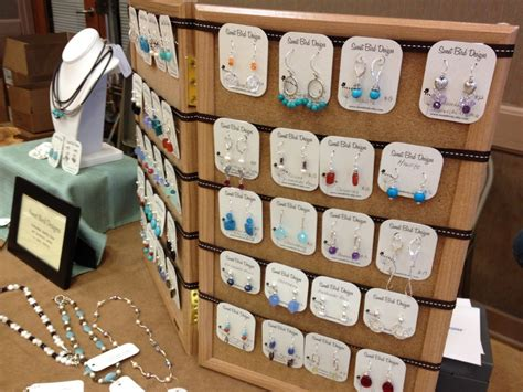 how to make jewelry displays for craft shows jewelry display ideas for craft shows eye catchy craft