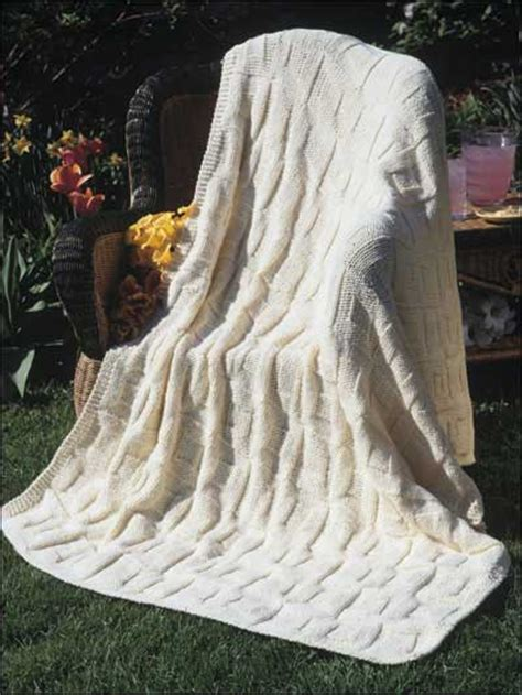 reversible afghan knitting pattern knitting classics reversible square in a square
