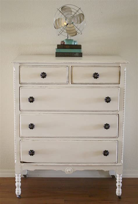 chalk paint ideas for bedroom furniture etikaprojects do it yourself project