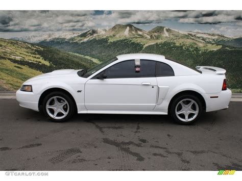2002 Ford Mustang Gt by Oxford White 2002 Ford Mustang Gt Coupe Exterior Photo