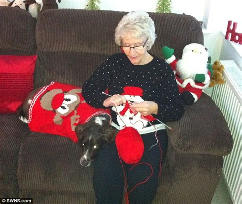 knitting husband died now that s a knit family great grandmother knits 28