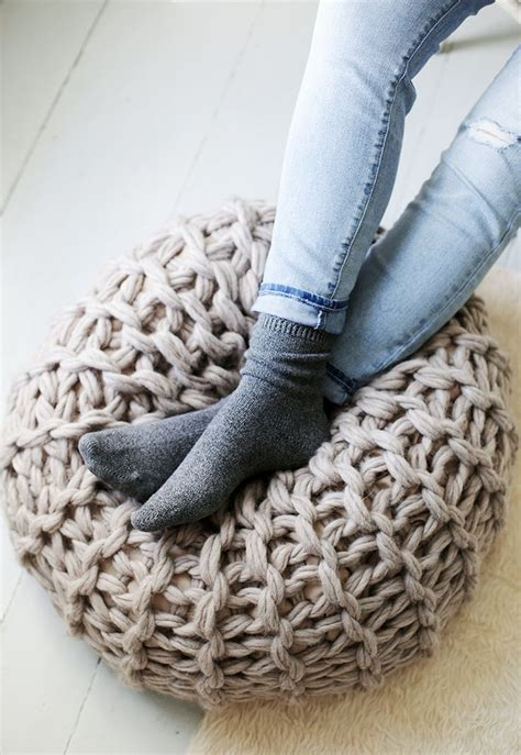 what to make out of yarn without knitting 25 best ideas about knitted pouf on knitted
