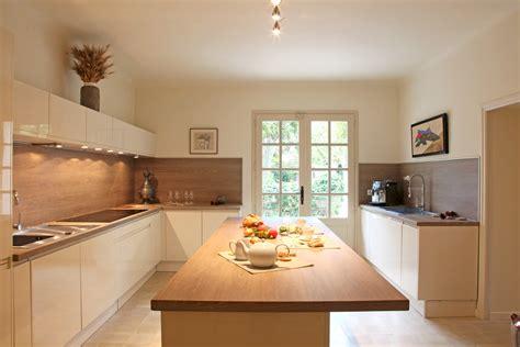 cuisine moderne blanc et bois