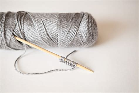 knit cast on methods knitting fundamentals 5 different ways to cast on