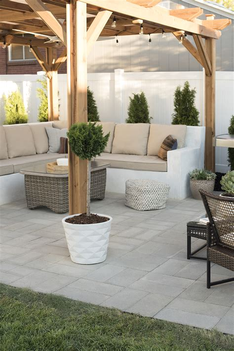 how to install a paver patio how to install a custom paver patio room for tuesday