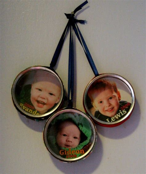 photo ornaments to make make photo tin ornaments dollar store crafts