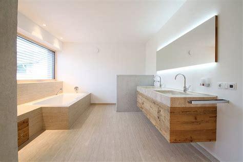 Badezimmermöbel Ludwig by Die Besten 25 Zeitgen 246 Ssische Badezimmer Ideen Auf