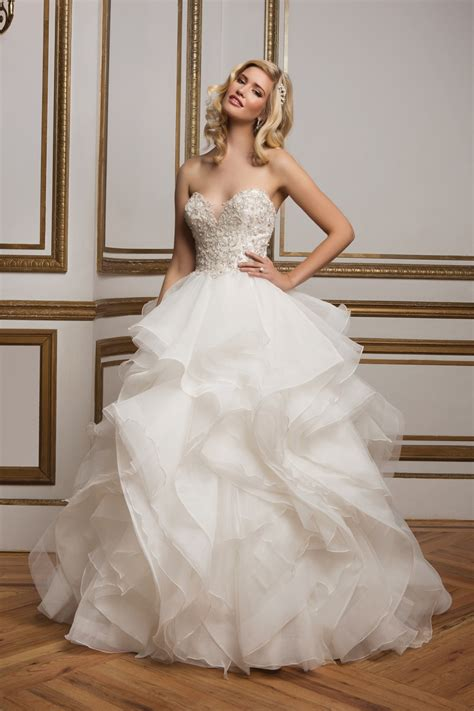 beaded bodice tulle skirt wedding dress a line princess sweetheart chapel chiffon wedding