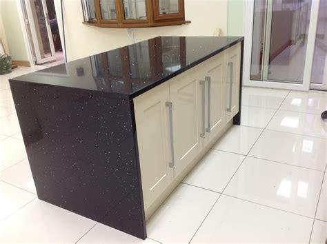 Kitchen Designs With Black Cabinets black starlight quartz island wrap