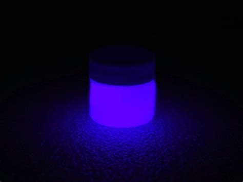 glow in the paint ideas best 20 glow paint ideas on diy blacklight