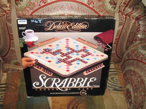 scrabble vintage edition vintage 1989 deluxe edition scrabble turntable crossword