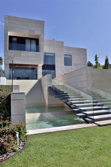 modern mansion house architecture a modern mansion in madrid the memory house by a cero