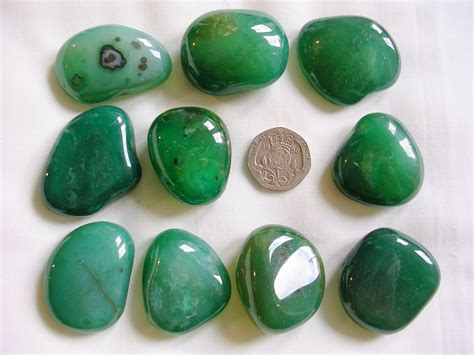 dyed agate agate green dyed tumblestone wings crystals