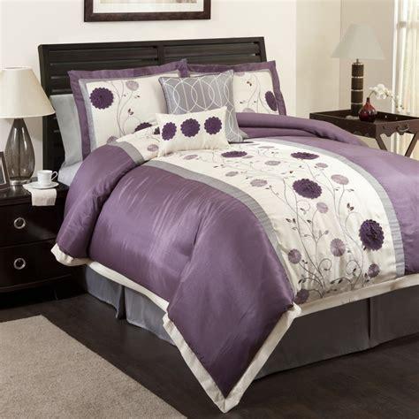 purple and white comforter sets purple comforter sets purple bedroom ideas