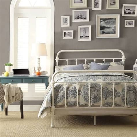 iron frame bed best 25 white iron beds ideas on iron bed