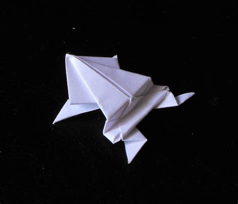 origami pictures file żaba origami jpg wikimedia commons