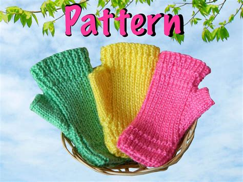 knitting pattern for childrens gloves with fingers free knitting fingerless gloves for children