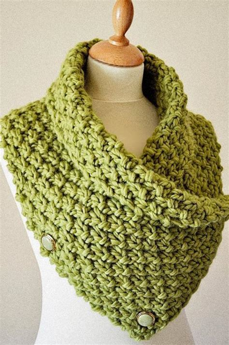 chunky knit cowl pattern easy chunky knit neck warmer cowl knitting pattern by arty