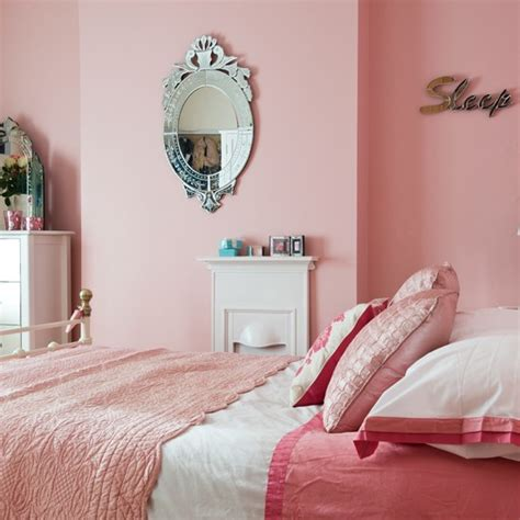 pink bedrooms pretty pink bedroom period decorating ideas