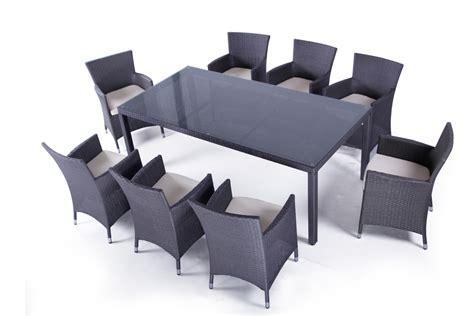 ensemble table et fauteuils de jardin en resine tressee noir pas cher 8 places mykonos