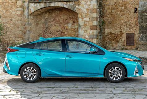 2018 Toyota Prius Release Date, Price, Rumors, Specs