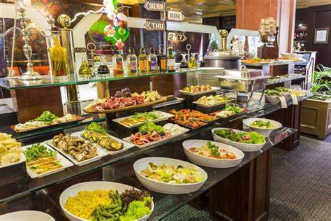 restaurants that buffets buffet restaurant picture of park santiago