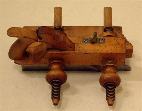woodworking tools boston antique rodes boxwood carpenters plow plane c1855