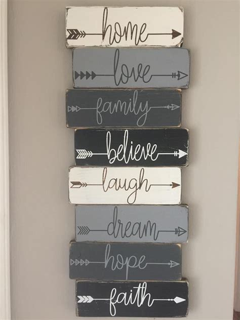 best 25 pallet signs ideas on pallet painting 25 best ideas about pallet projects signs on