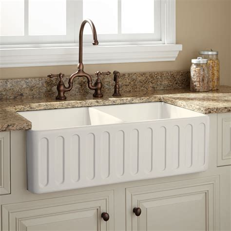 traditional kitchen sinks 33 quot northing bowl fireclay farmhouse sink biscuit