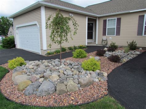 landscaping rocks and stones click on image to view decorative slideshow smart