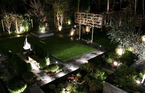 light garden outdoor lighting