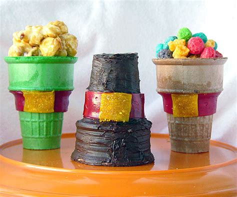 edible thanksgiving crafts for edible pilgrim hats family crafts