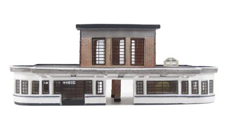 hattons co uk graham farish 42 066 deco station building 132 x 67 x 51mm