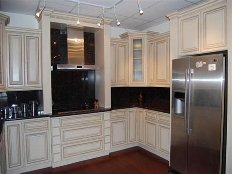 color schemes for kitchens with white cabinets small kitchen colors schemes ideas with white and wood